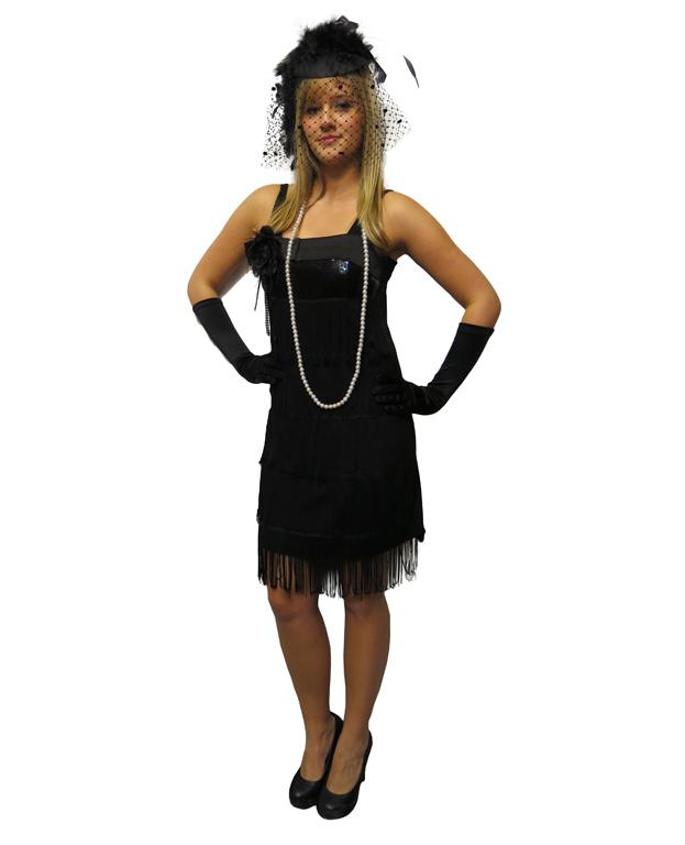 Suknia czarna z frędzlami